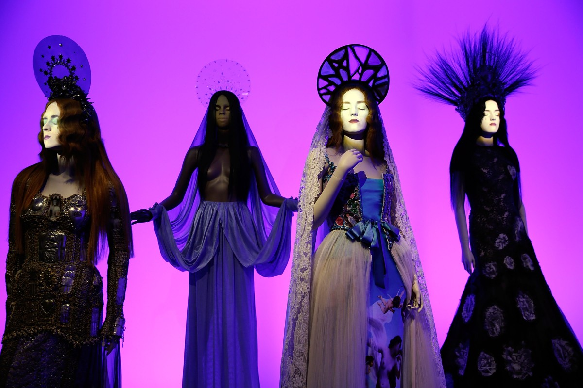 The Fashion World of Jean Paul Gaultier – From the Sidewalk to the Catwalk