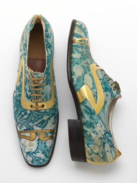 Title: Mens' shoes, gilded and marbled leather, Northamptonshire, England Artist: Date: 1925 Credit line: © Victoria and Albert Museum, London